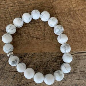 Howlite Bracelt with Sterling silver accent